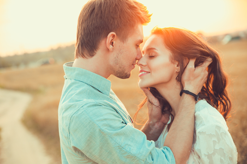 15 Ways To Make Someone Fall In Love With You | Mercury